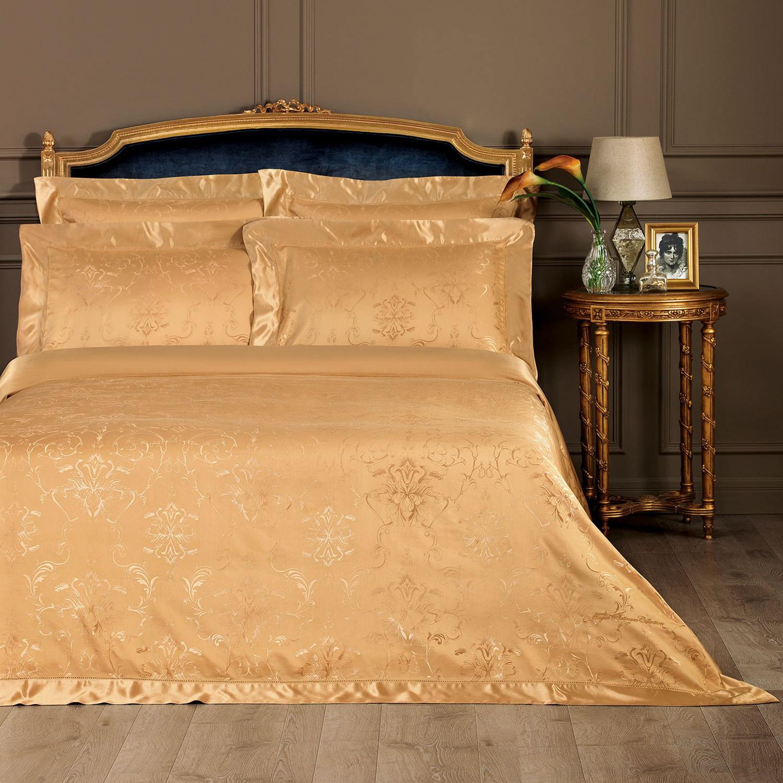 Комплект постельного белья Togas Барокко 200х210, 260х270, 50х70 (30.07.35.0055)