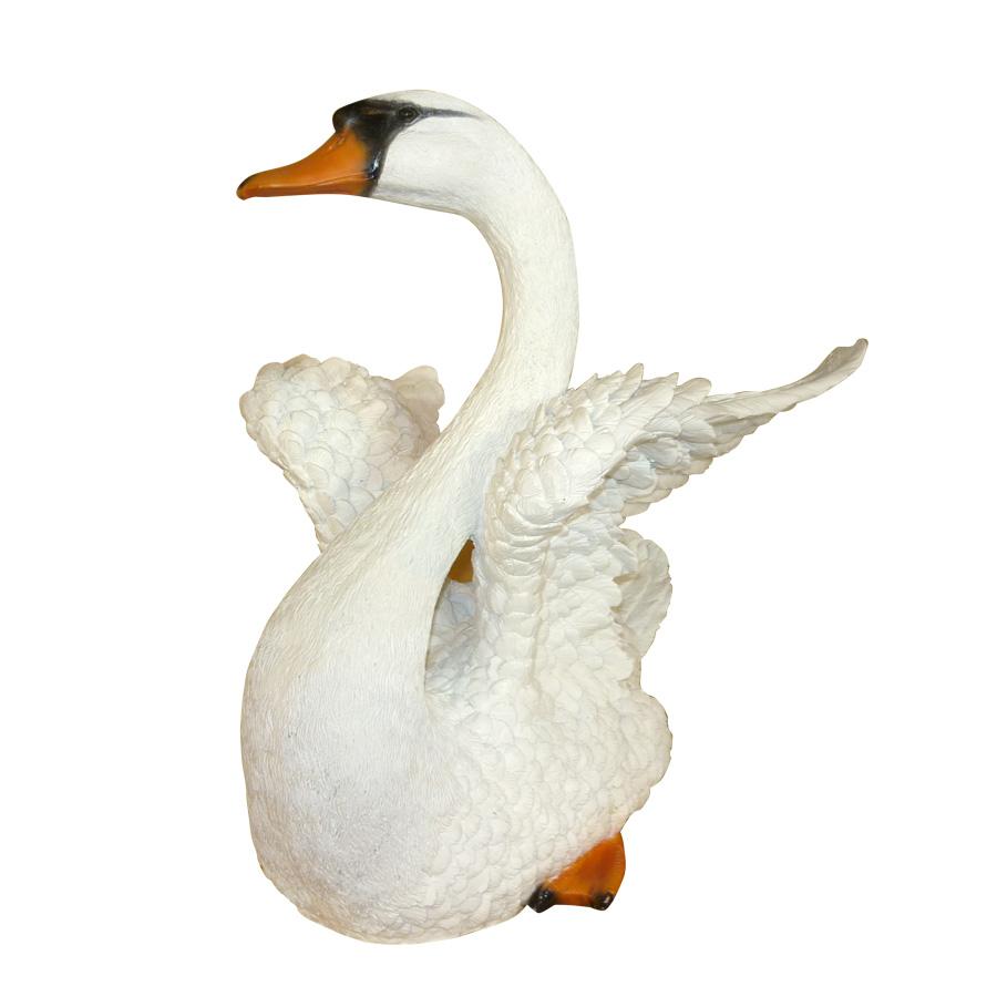 Фигура садовая ТПК Полиформ Лебедь расправил крылья