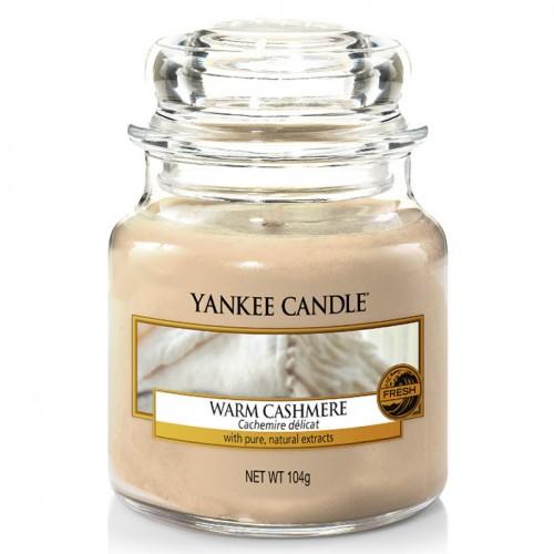 Ароматическая свеча Yankee candle маленькая Уютный кашемир 104 г фото