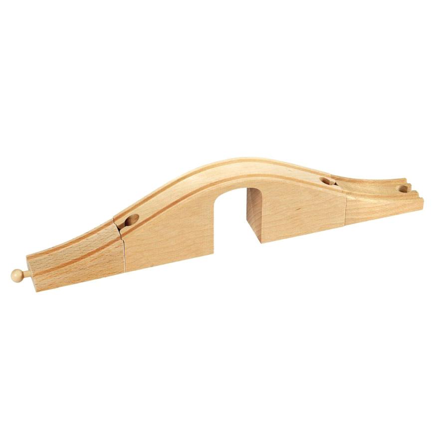 Виадук ж/д Brio с деревянной аркой