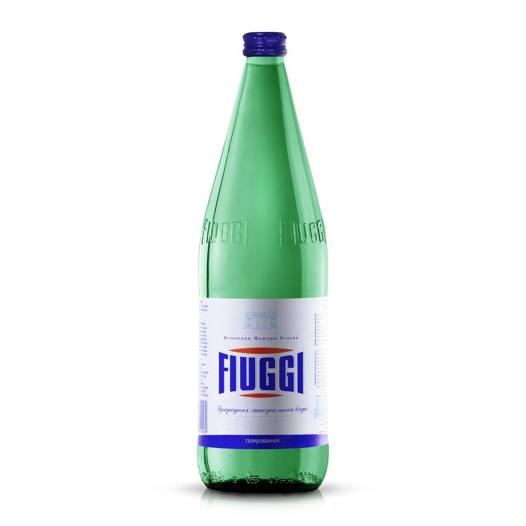 Вода минеральная Fiuggi газированная 1 л