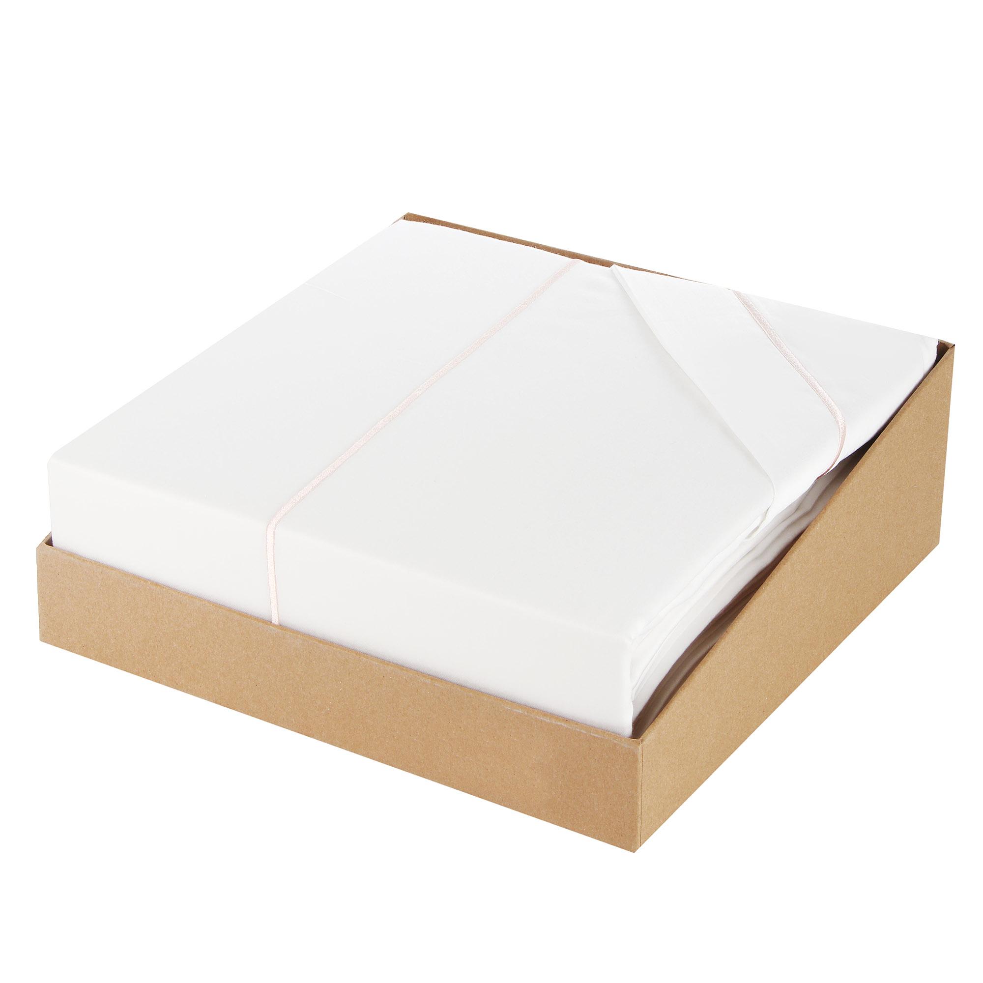 Постельный комплект семейный Bella casa white / cream stripes