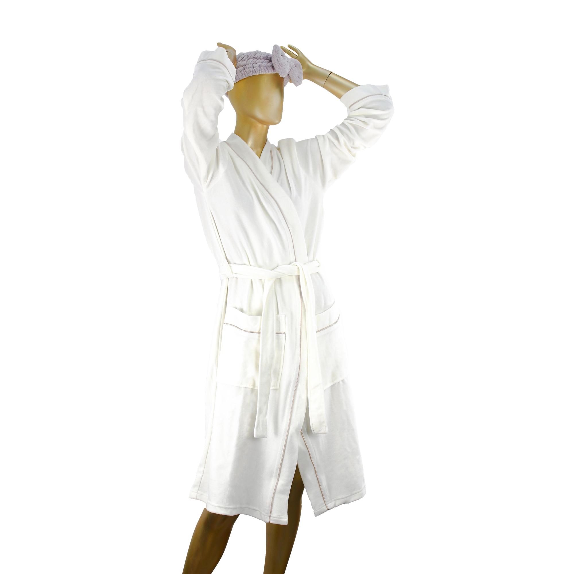 Халат женский Sofi De Marko Венера М белый халат женский sofi de marko венера м белый