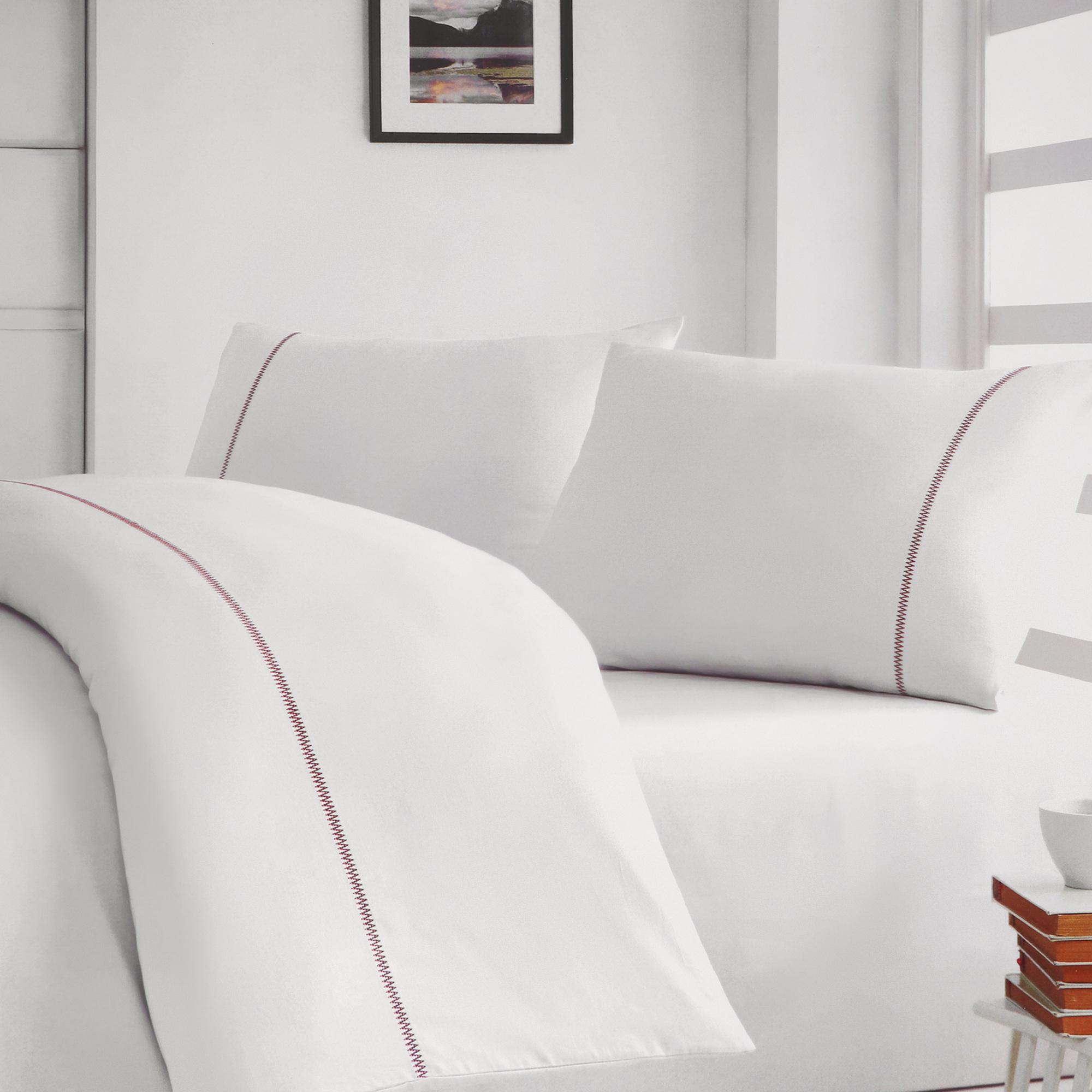 Постельный комплект Bella casa king size white / beige stripes