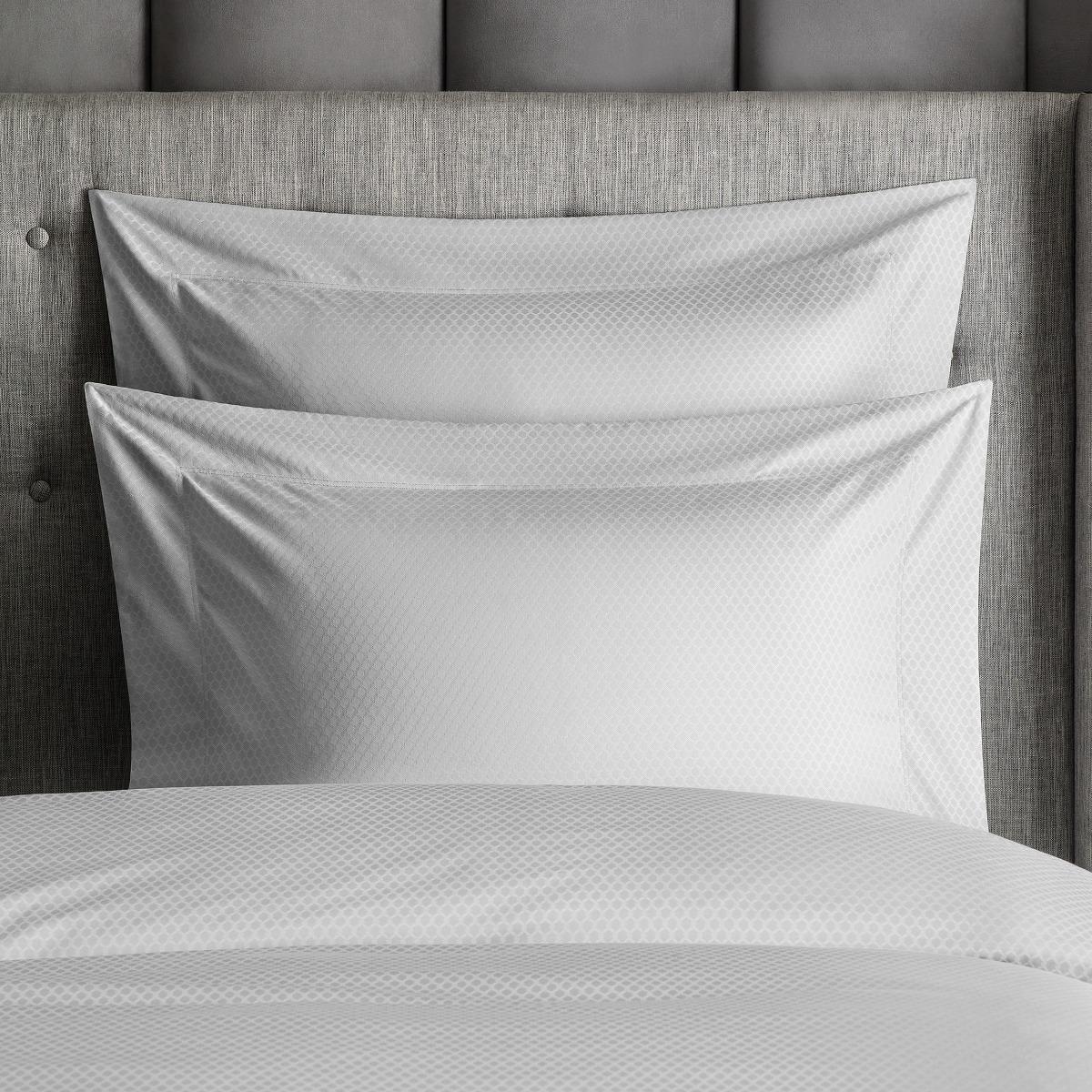 Комплект наволочек Togas Блейк светло-серый 70х70. 2 пр комплект наволочек togas клэрити белый 70х70 2 пр