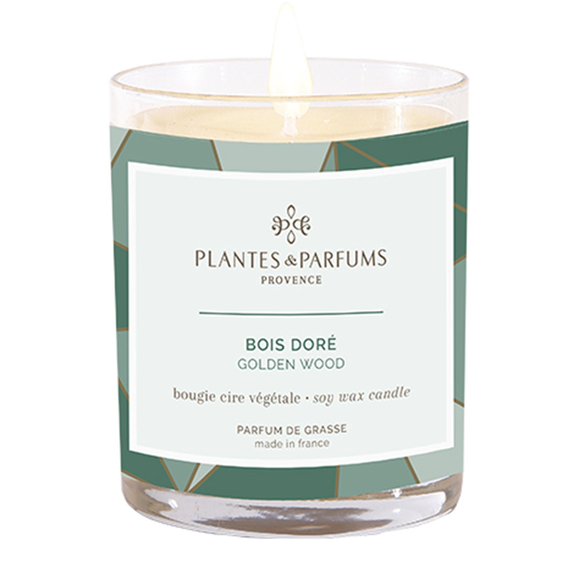 Ароматическая свеча Plantes et Parfums Снежная хвоя 180 г ароматическая свеча plantes et parfums сверкающие звезды 75 г