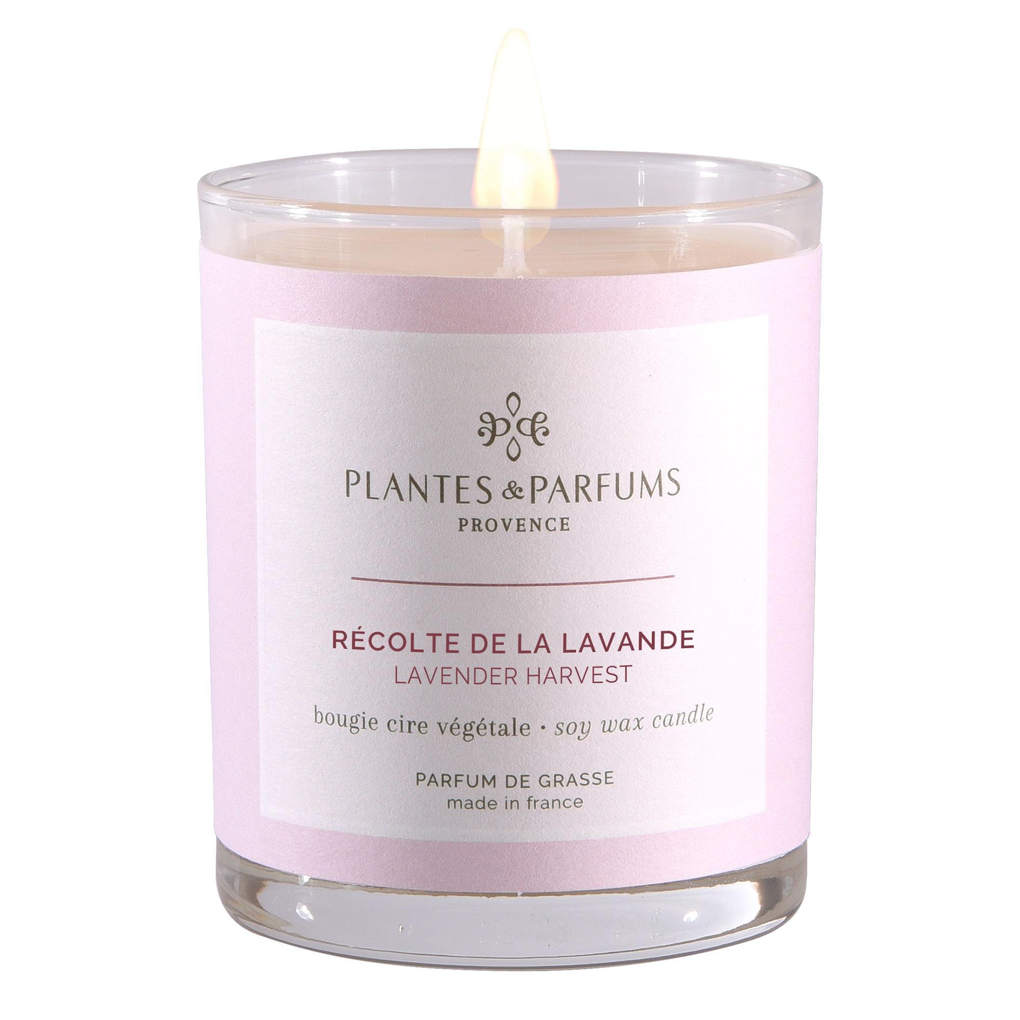 Ароматическая свеча Plantes et Parfums Лавандовые поля 180 г ароматическая свеча plantes et parfums сверкающие звезды 75 г