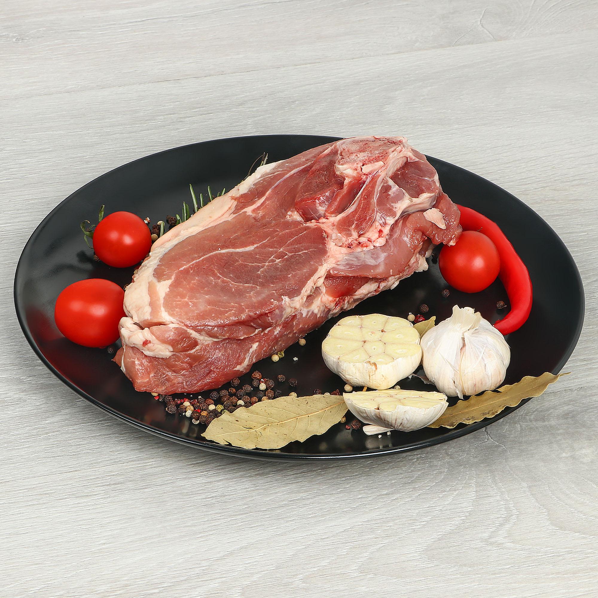Лопатка свиная на кости, кг